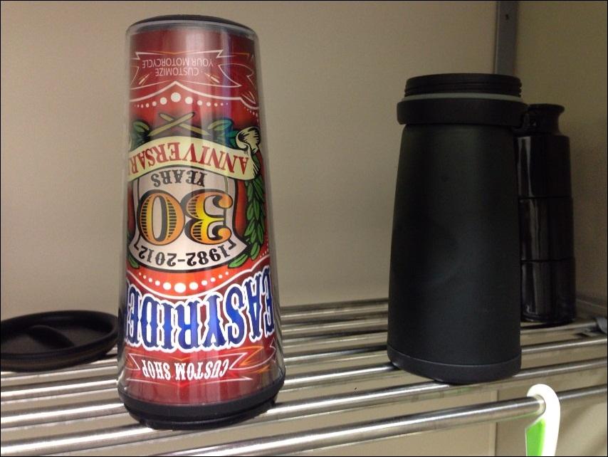 コーヒーを入れるために使うタンブラー(イージーライダーの景品)